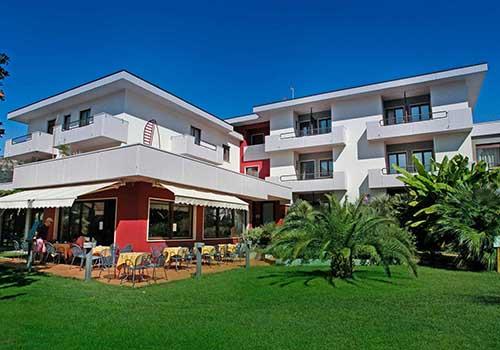 Villa Claudia Torbole, Hotel